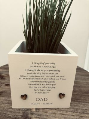 Personalised Flower / Plant Pot In Memory Loved One DAD Memorial MUM OR ANY NAME - 333291398260